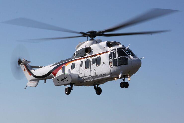 AS532 US Cougar der Flugbereitschaft in neuer Lackierung.