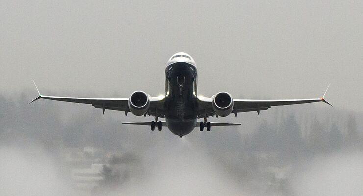 Boeing 737 MAX8